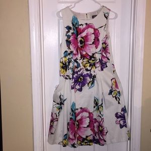 A VINCE CAMUTO FORMAL sz 14 FLOWERED FIT & FLARE